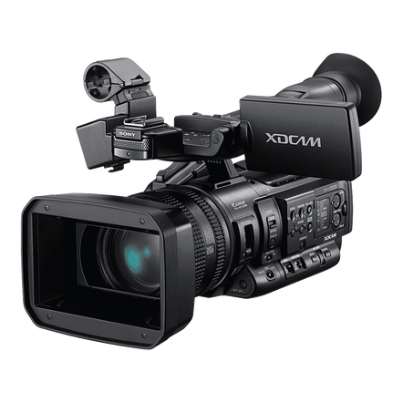 1/3 3CMOS XDCam Solid State Memory Handy Camcorder